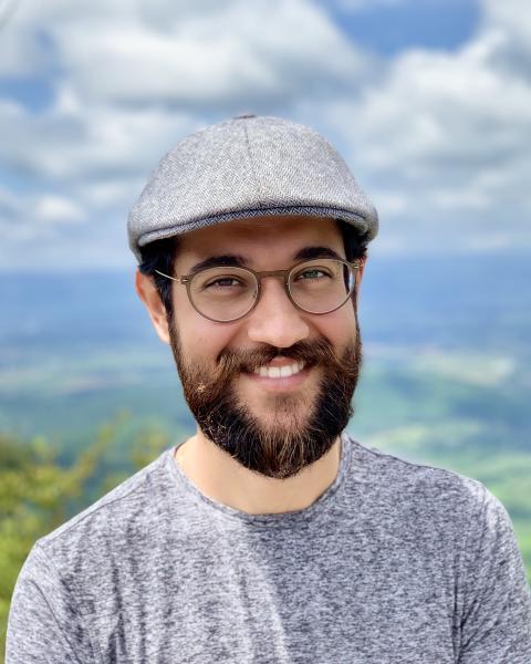 A headshot of Gabriel Venegas
