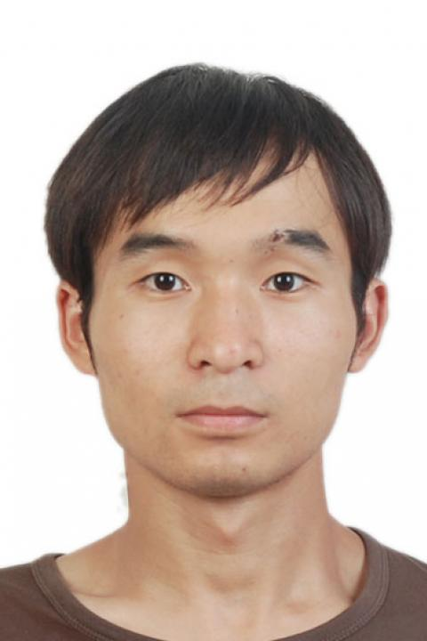 A headshot of Jia Deng, research scientist with the Earth Systems Research Center.