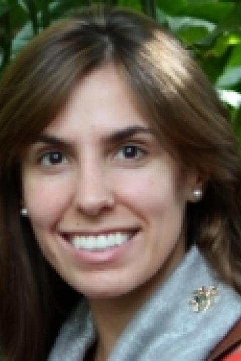 A headshot of Maria Fahnestock with the Earth Systems Research Center.